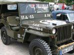 12-1-2021-ilustrasi-mobil-jeep-willys.jpg