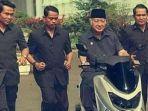 2-3-2020-presiden-soeharto-mencoba-yamaha-nmax.jpg
