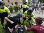 2-6-2020-anak-walikota-new-york-ditangkap-polisi-demo-di-amerika-serikat.jpg