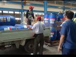 2-perusahaan-swasta-distribusikan-hand-sanitizer.jpg