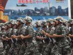 24072019-tentara-china-di-hong-kong.jpg
