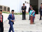 24102019_presiden-jokowi-berfoto-bersama-dengan-para-menteri.jpg