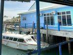 2704speedboat.jpg