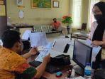 30062020_iga-pramadhanti-korban-penipuan-belanja-online-handphone-murah-di-palembang.jpg