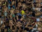 akibat-penghuni-yang-berlebihan-ratusan-narapidana-di-lapas-quezon-city-filipina_20160801_125712.jpg