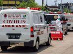 ambulans-mengantre-masuk-wisma-atlet.jpg