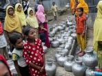 anak-anak-perempuan-rohingya_20171130_175741.jpg