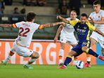 as-roma-kalah-2-3-saat-menghadapi-hellas-verona-di-pekan-4-liga-italia-2021-2022.jpg