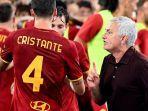 as-roma-menang-2-1-pada-pekan-3-serie-a-liga-italia-2021-2022.jpg