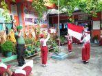babinsa-koramil-02tarempa-upacara-bendera-di-sdn-003-tarempa_20180313_092542.jpg