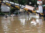 banjir-di-komplek-polri-pondok-karya-mampang-prapatan.jpg