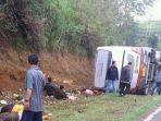 bus-kecelakaan-di-tanjakan-emen-kabupaten-subang_20180210_194346.jpg