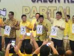 calon-ketua-umum-partai-golkar-dari-kiri-aziz-syamsuddin-mahyudin_20160508_124750.jpg