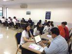 calon-mahasiswa-mengikuti-proses-wawancara.jpg