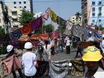 demo-di-myanmar-13-orang-ditembak-mati.jpg