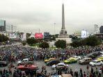 demo-pengunjuk-rasa-thailand-turun-ke-jalan-untuk-menunjukkan-sikap-menentang.jpg