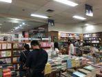 diskon-30-persen-untuk-buku-di-gramedia-bsc-mall.jpg
