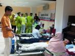 donor-darah-rs-awal-bros-dan-pmi_20150827_172856.jpg