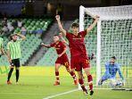 eldor-shomurodov-mencetak-gol-dalam-laga-debutnya-bersama-as-roma.jpg