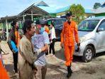 evakuasi-3-warga-desa-harapan-jaya-natuna.jpg