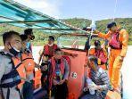 evakuasi-nelayan-dihantam-gelombang-3-meter.jpg