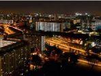 flat-hdb-singapura-di-malam-hari.jpg
