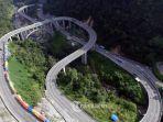 foto-aerial-jalan-kelok-9-di-kabupaten-lima-puluh-kota.jpg