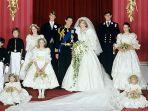 foto-pernikahan-putri-diana-dan-pangeran-charles_20180528_135153.jpg