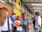 hand-sanitizer-bantuan-dari-singapura-dikelola-oleh-pff-paint.jpg