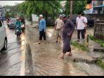 hujan-semalaman-mengakibatkan-genangan-air-mengepung.jpg