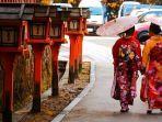 ilustrasi-kimono-di-tokyoaaaaaaaswffewf.jpg