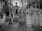 ilustrasi-kuburan.jpg