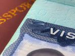ilustrasi-paspor-dan-visa_20180314_131615.jpg