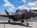 jet-tempur-f-35-lightning-ii-dipamerkan-dalam-ajang-paris-air-show-2019.jpg