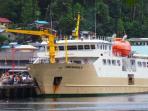 kapal-perintis-sabuk-nusantara-saat-berlabu-di-pelabuhan-anambas_20150703_075843.jpg