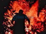 kebakaran-api-di-hutan-kampung-lengkuas-bintan_20170808_151502.jpg