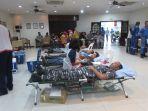 kegiatan-donor-darah-di-mcdermott_20161222_194434.jpg