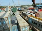 kontainer-ambruk-di-pelabuhan-batu-ampar-batam.jpg