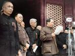 mao-zedong-proklamasikan-rrt.jpg