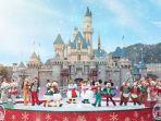 mickey-and-friends-christmastime-ball.jpg