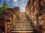 mimpi-melihat-tangga.jpg