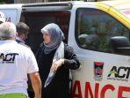 mobil-ambulans-berlogo-pemerintah-kota-padang-yang-berada-di-palestina.jpg