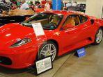 mobil-berwarna-merah-ini-pernah-dimiliki-presiden-as-donald-trump_20170402_234150.jpg