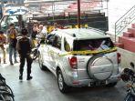 mobil-rush-yang-diamankan-diduga-milik-pelaku-supartini_20180718_111939.jpg