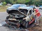 mobil-terbakar-3.jpg