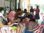 orangtua-calon-peserta-didik-mendatangi-sekolah-saat-ppdb-karimun.jpg