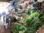 pedagang-sayur-mayur-di-sejumlah-pasar-tradisional-di-batam_20160629_195639.jpg