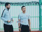 pelatih-timnas-indonesia-simon-mcmenemy-bersama-asiten-yeyen-tumena.jpg