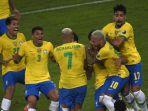 pemain-brazil-melakukan-selebrasi-setelah-roberto-firmino-mencetak-gol.jpg