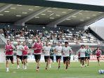 pemain-juventus-latihan-jelang-pekan-2-liga-italia-2021-2022.jpg
